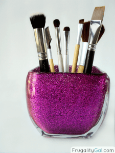 diy-glitter-makeup-brush-organizer-holder