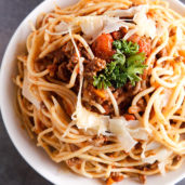 Easy Recipe : Homemade Spaghetti with Meat Sauce Recipe. Takes just 30 minutes to make!