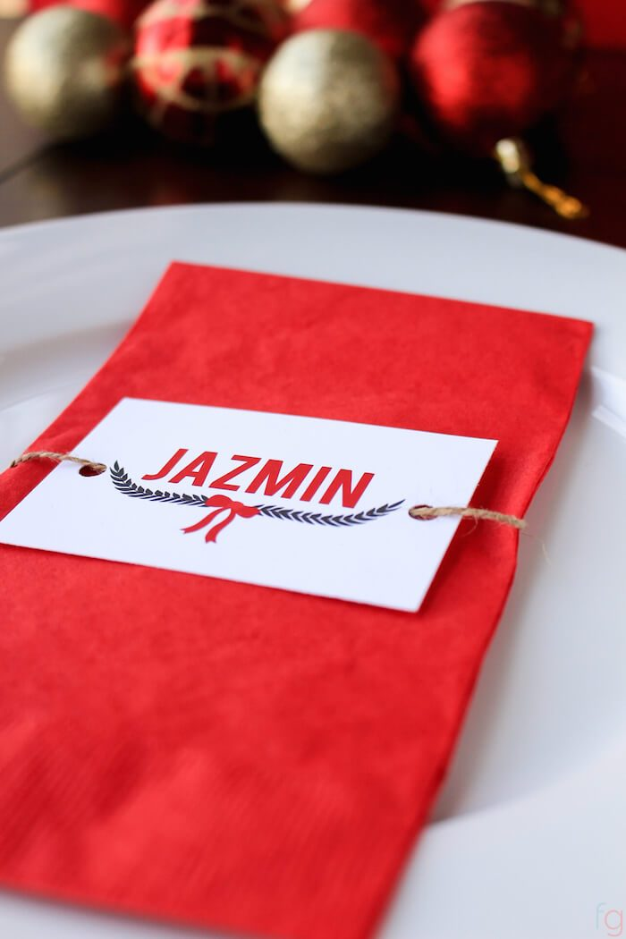 free printable place cards for holiday entertaining!