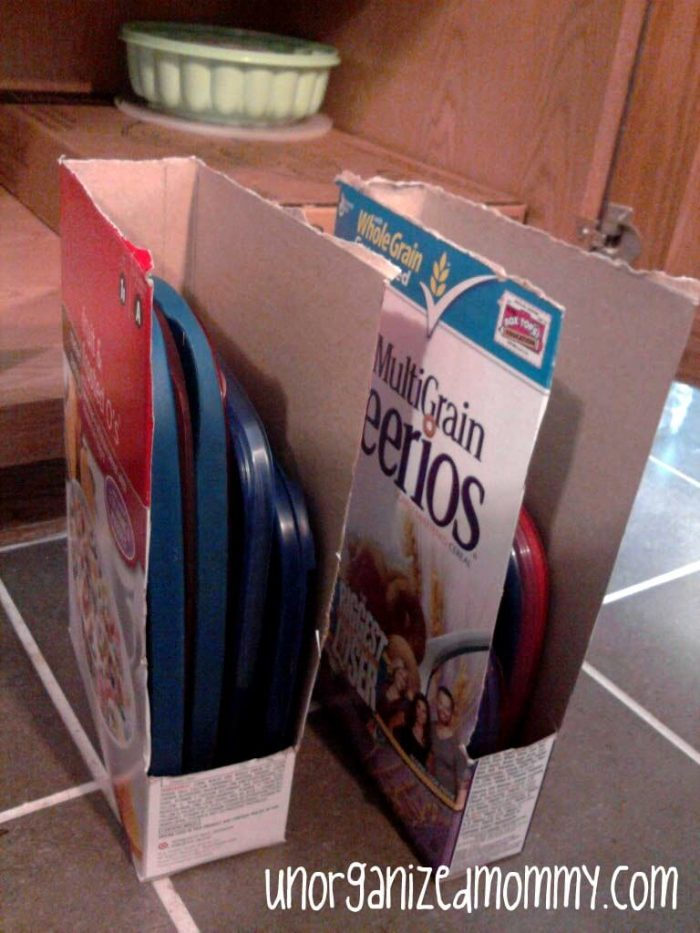 Cereal Box Lid Organizer by Unorganized Mommy