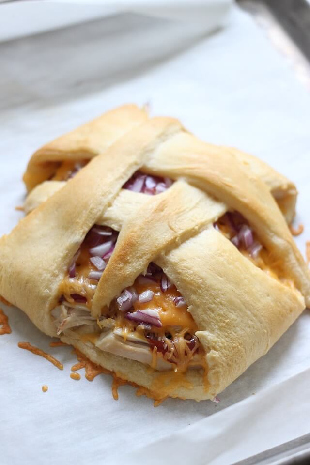 BBQ Chicken Crescent Baskets by Mama Loves Food