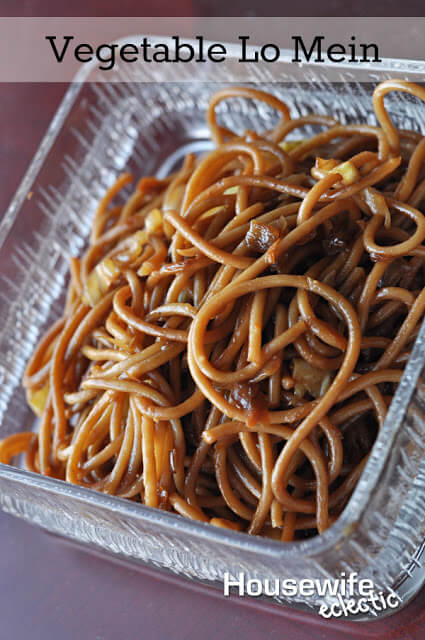 Vegetable Lo Mein by Housewife Eclectic