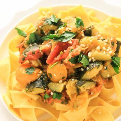 30 Minute Easy Vegetarian/Vegan Pasta Recipe {8 WW Points}