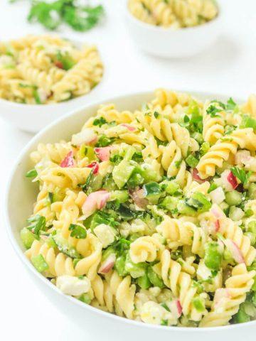 Easy Pasta Salad Recipe - Cold Pasta Salad Recipes Cold - Potluck Recipes - Pasta Recipes Easy - Vegetarian Recipes Easy - Italian Recipes Pasta Salad