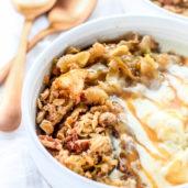 No Peel Apple Crisp Recipe with Oats Easy - Easy Apple Crisp Recipe - Fall Dessert Recipes Easy Thanksgiving Desserts Easy - Apple Recipes Dessert Baking - Easy Fall Desserts