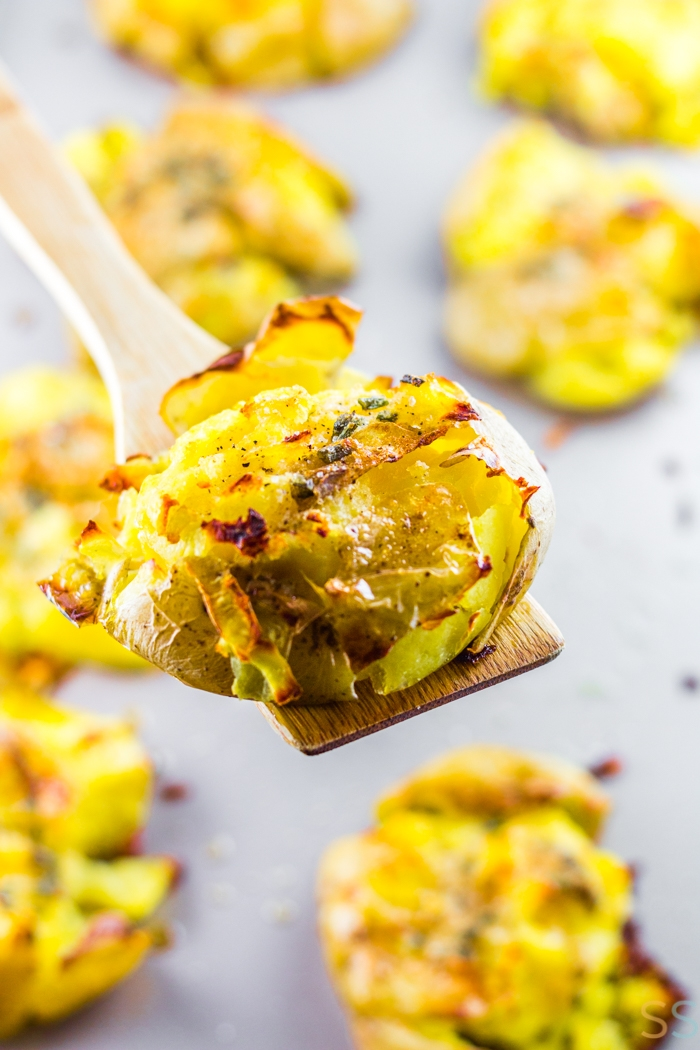 This easy Smashed Potatoes Recipe will make such a good side dish it might actually steal the show. These potatoes are crispy on the outside, tender on the inside, salty and delicious.