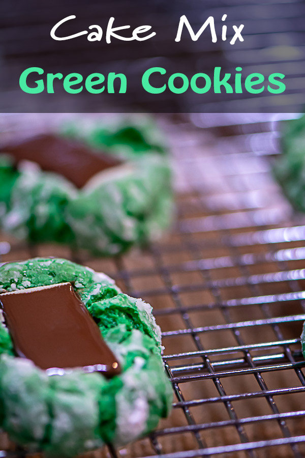 Minty Green Cookies with Chocolate are super easy to make with a Cake Mix base! #GreenCookie #CakeMixCookie #CakeMix #MintCookie #Cookie #AndesMint #Cookies #CrinkleCookie