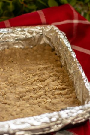 Aluminum wrapped stone dish with a pressed oatmeal crust