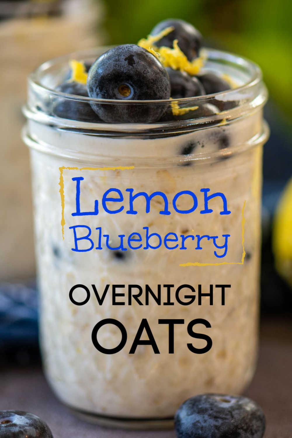 Lemon Blueberry Overnight Oats is an awesome meal prep breakfast. Taking less than five minutes to make, you will have several grab-and-go breakfasts ready for the week! #mealprep #breakfast #overnightoats