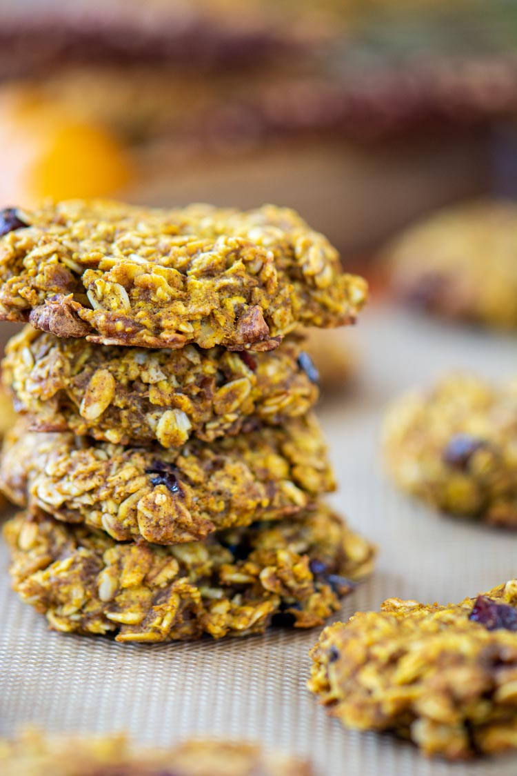 several oatmeal breakfast cookies stacked.