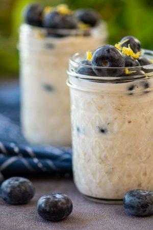 Blueberry Lemon overnight oats in pint jars