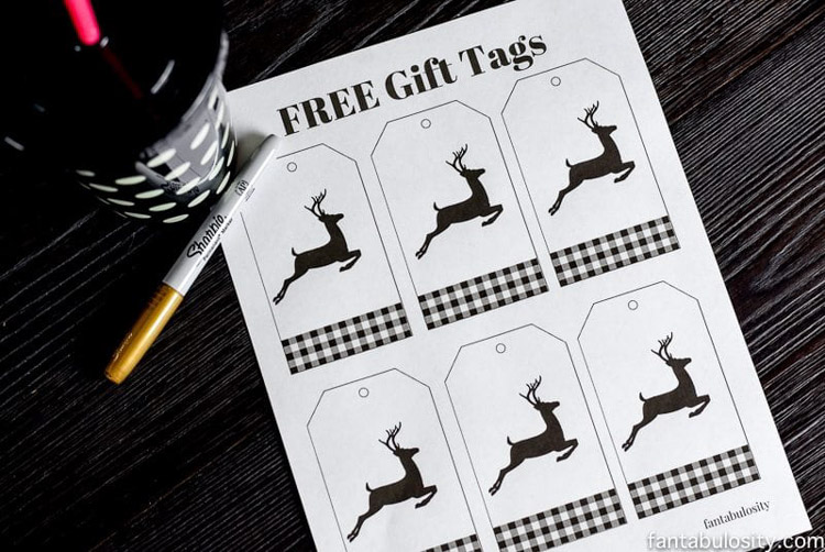 Elegant Buffalo Plaid Gift Tags showing a reindeer.