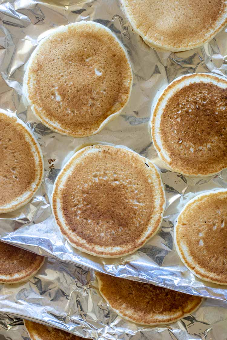 layers of pancakes and aluminum foil ready to freeze