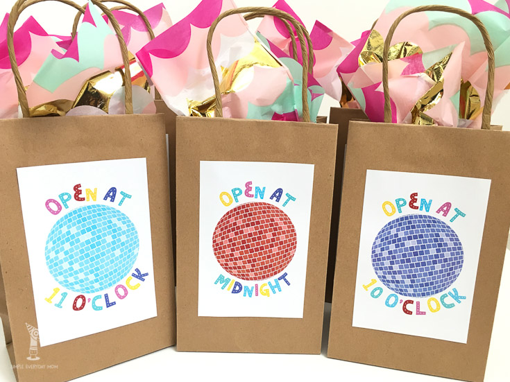 Eight new years eve party and activity ideas for families. These are bags to open at different hours of the night
