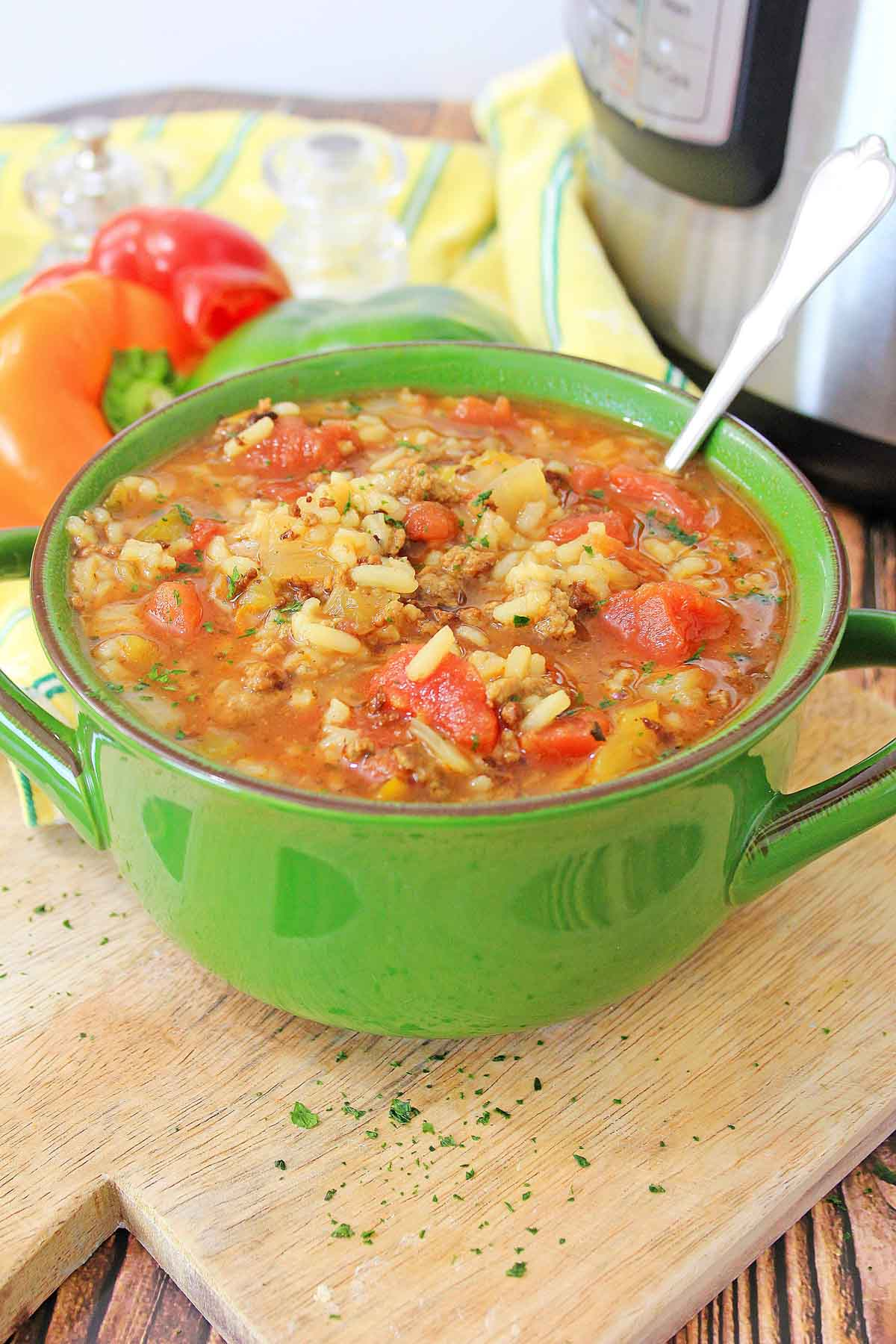 green bowl with stuffed pepper soup made in the instant pot
