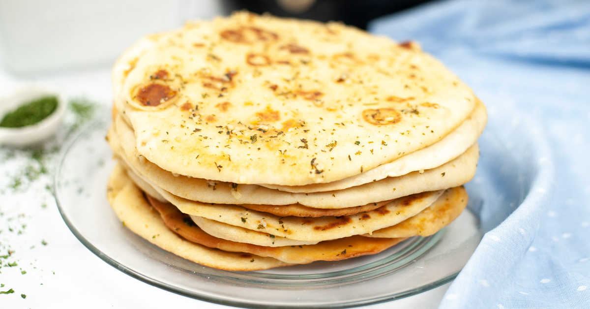 Air Fryer Garlic Butter Naan {10 Minutes Cooking}